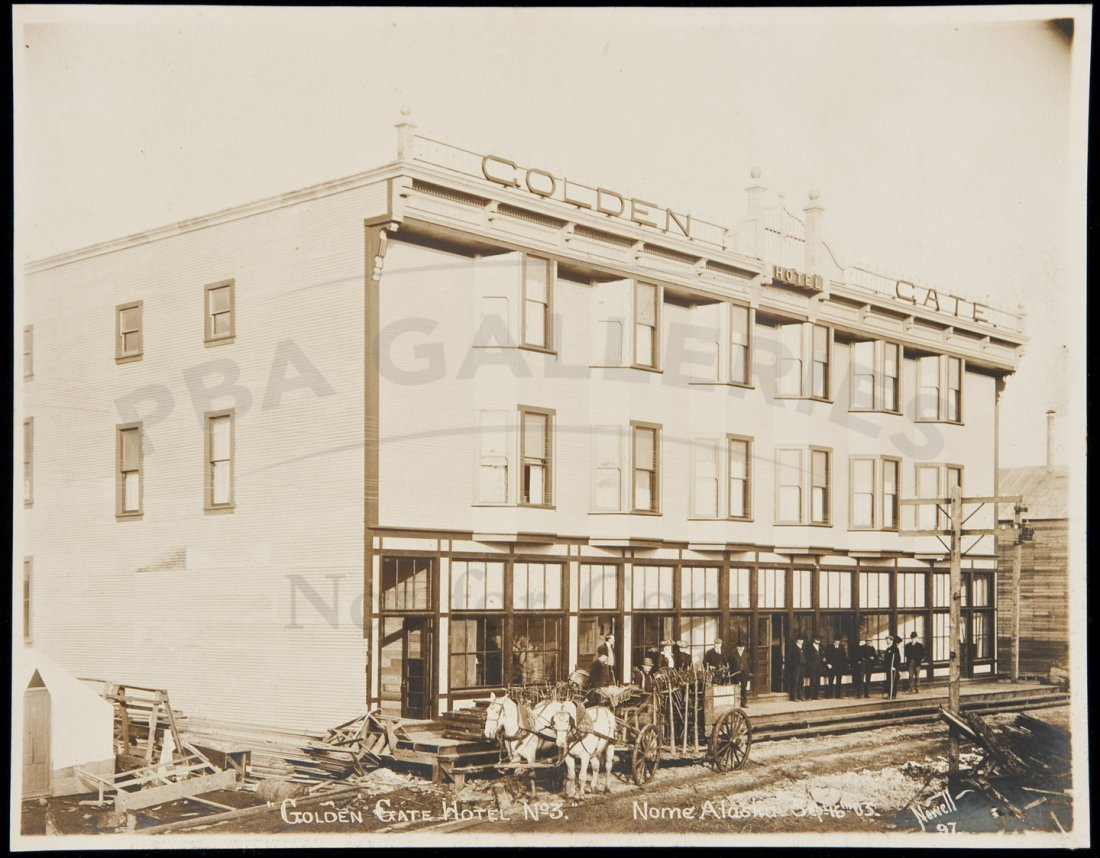 7: Photo of hotel in Nome, Alaska 1903