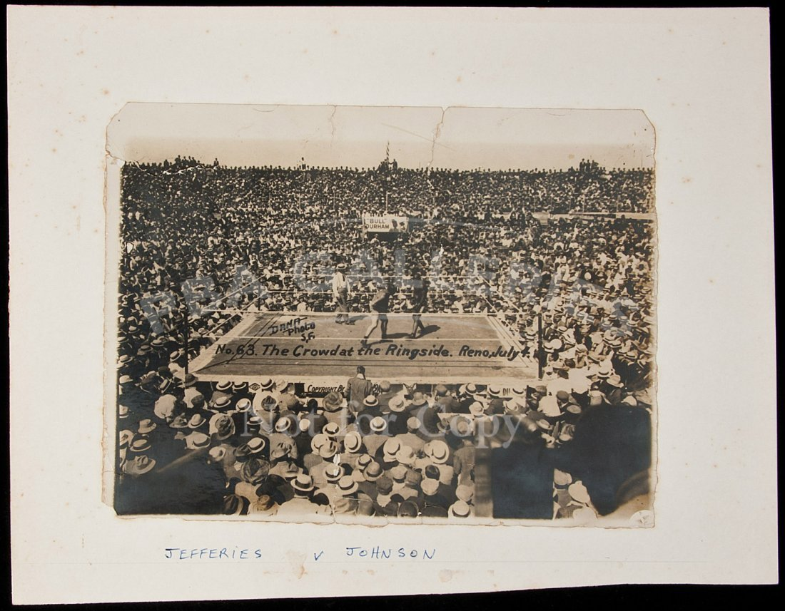 orig photo of Johnson-Jeffries boxing 1910