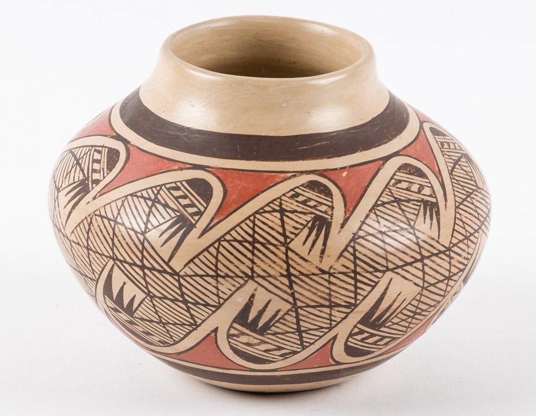 Small pot by Fannie Nampeyo Hopi Pueblo