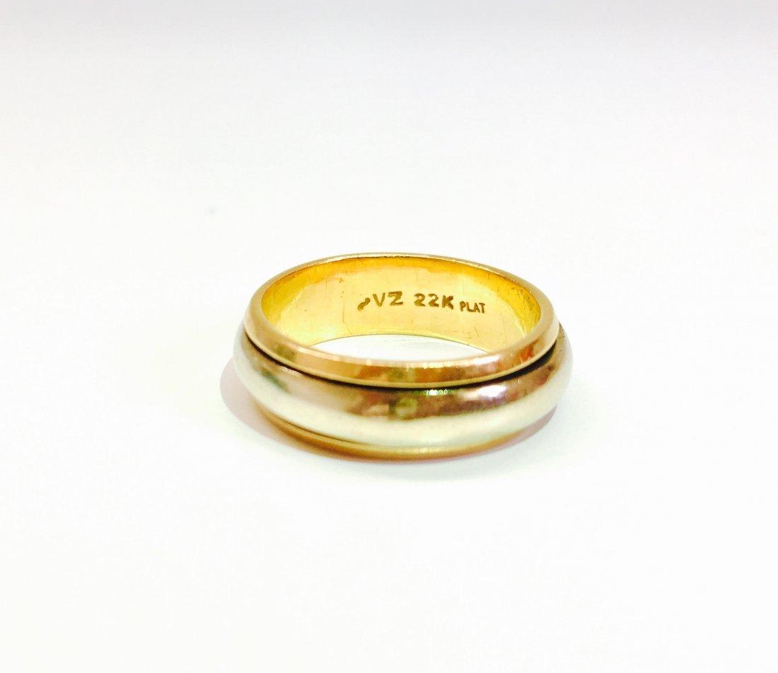 22K Yellow Gold and Rotating Platinum Band