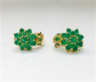 18k Gold And 11 00 Ct Emerald Vintage Earrings 000