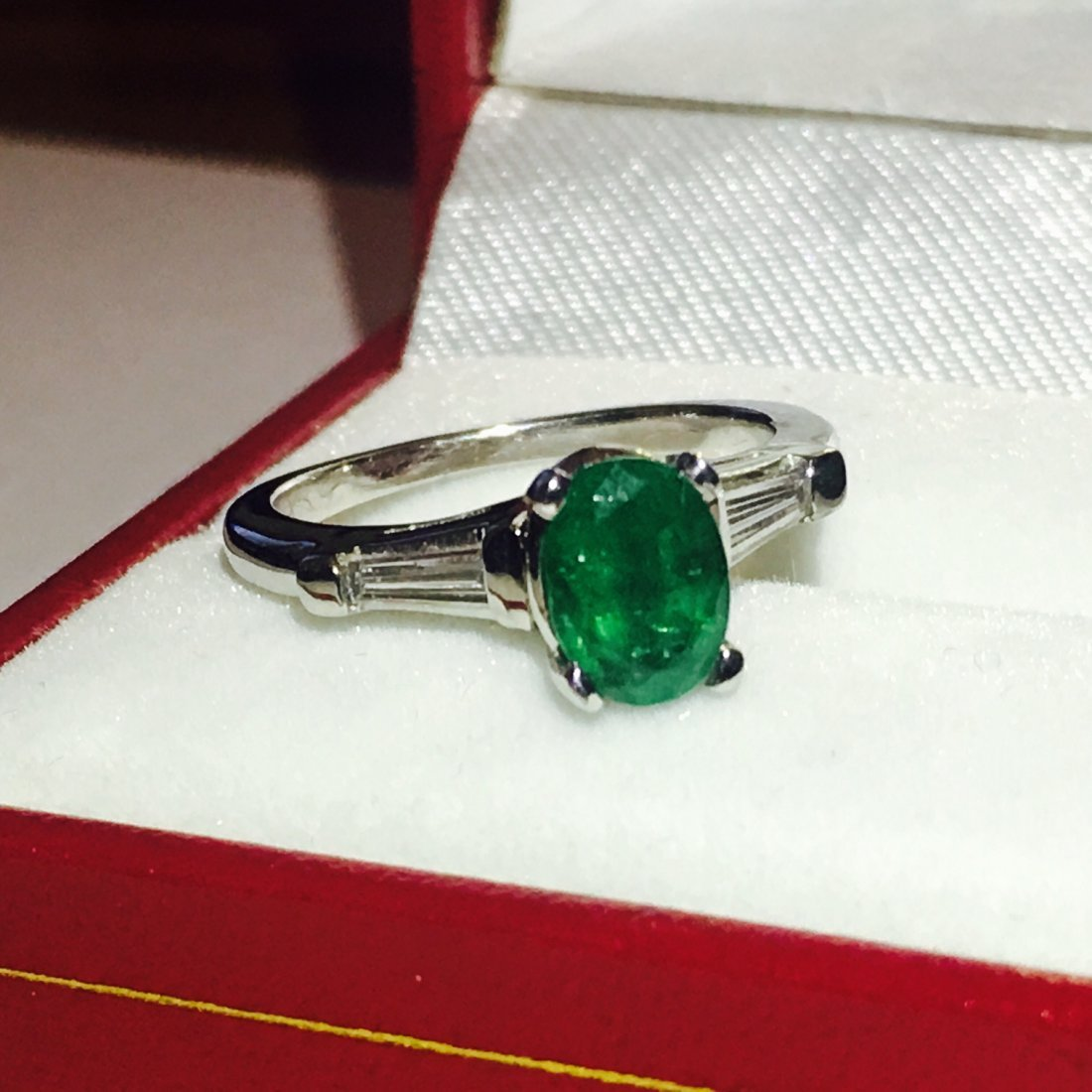 18K, 1.50 Carat Emerald and VVS Diamond Ring