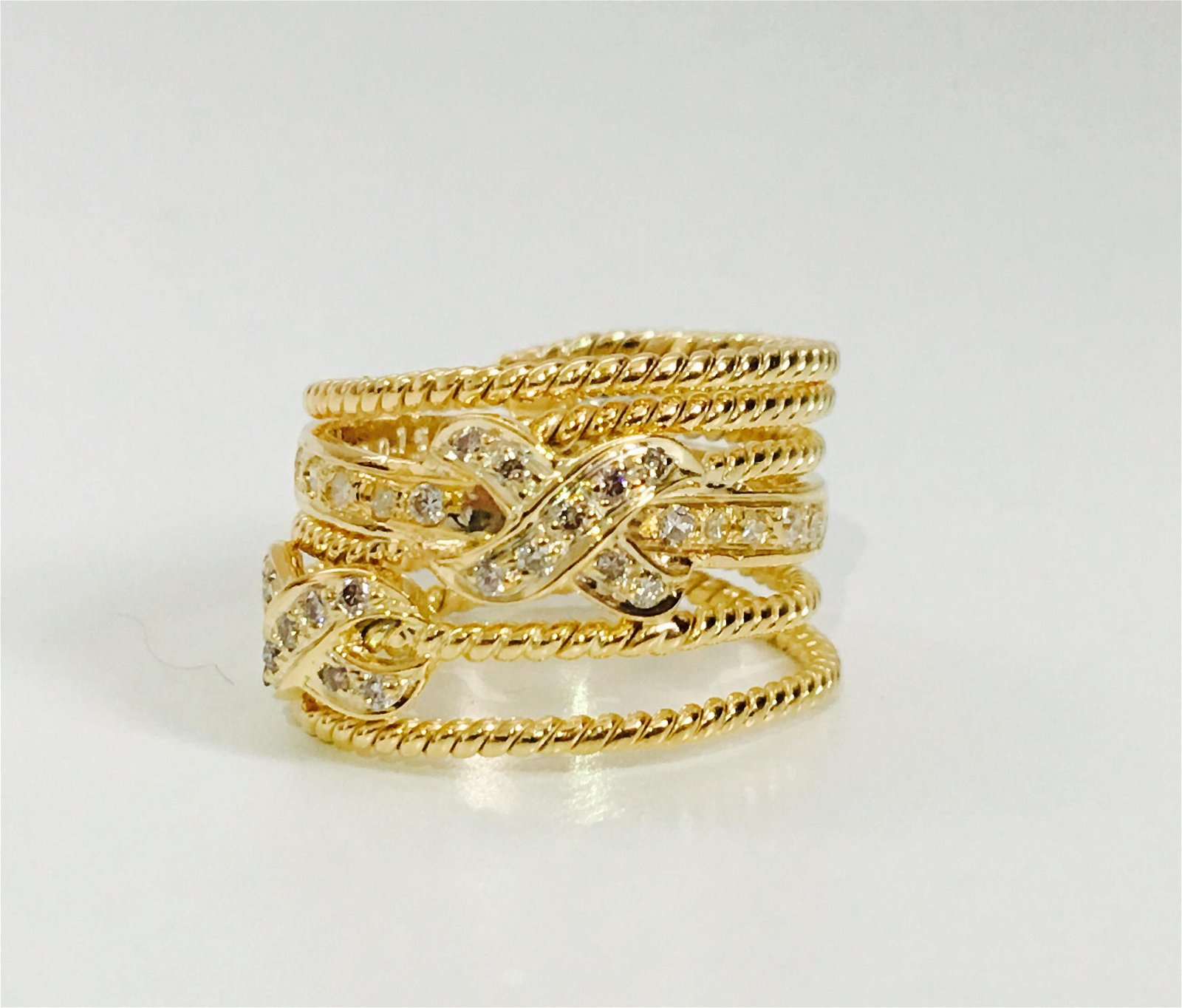 18k Gold, 1/2CT VS Clarity and G Color Diamond Ring