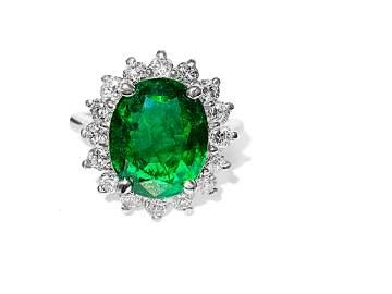 14K Gold, 100% Natural 4.50ct Emerald & Diamond Ring