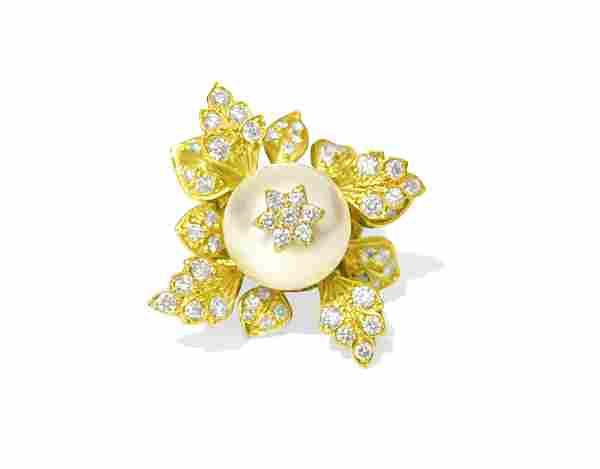20ct Natural Pearl & Diamond Leaf Motif 18k Gold Ring