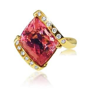 Ladies 14k Gold 8.00 CT Kunzite and VS/F Diamond Ring