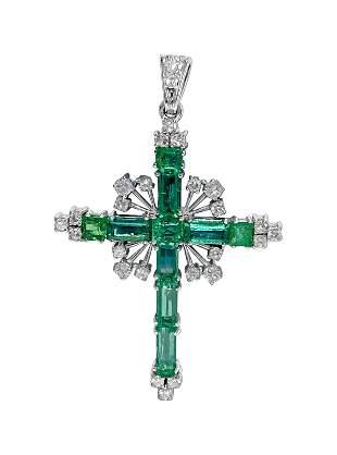 18k gold, 13.50ct Colombian Emerald & Diamond pendant