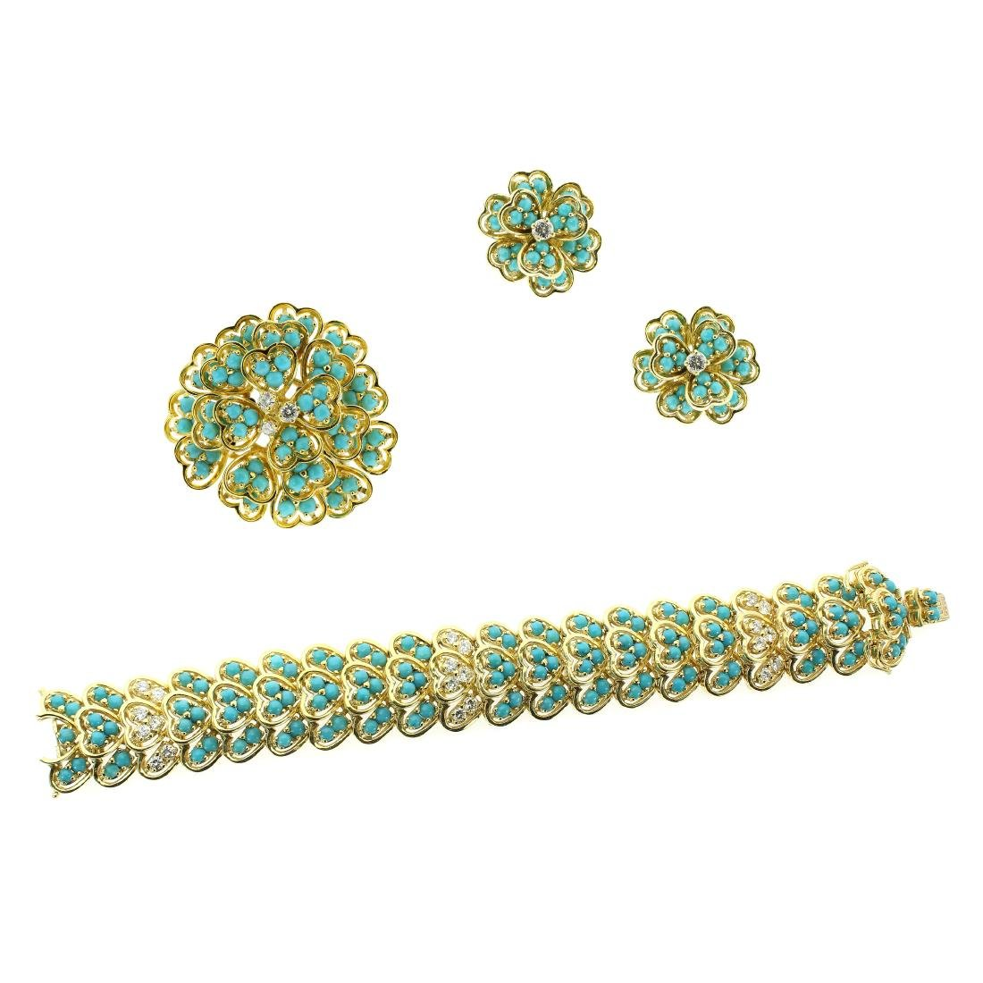 A VINTAGE TURQUOISE AND DIAMOND BRACELET, EARRINGS AND