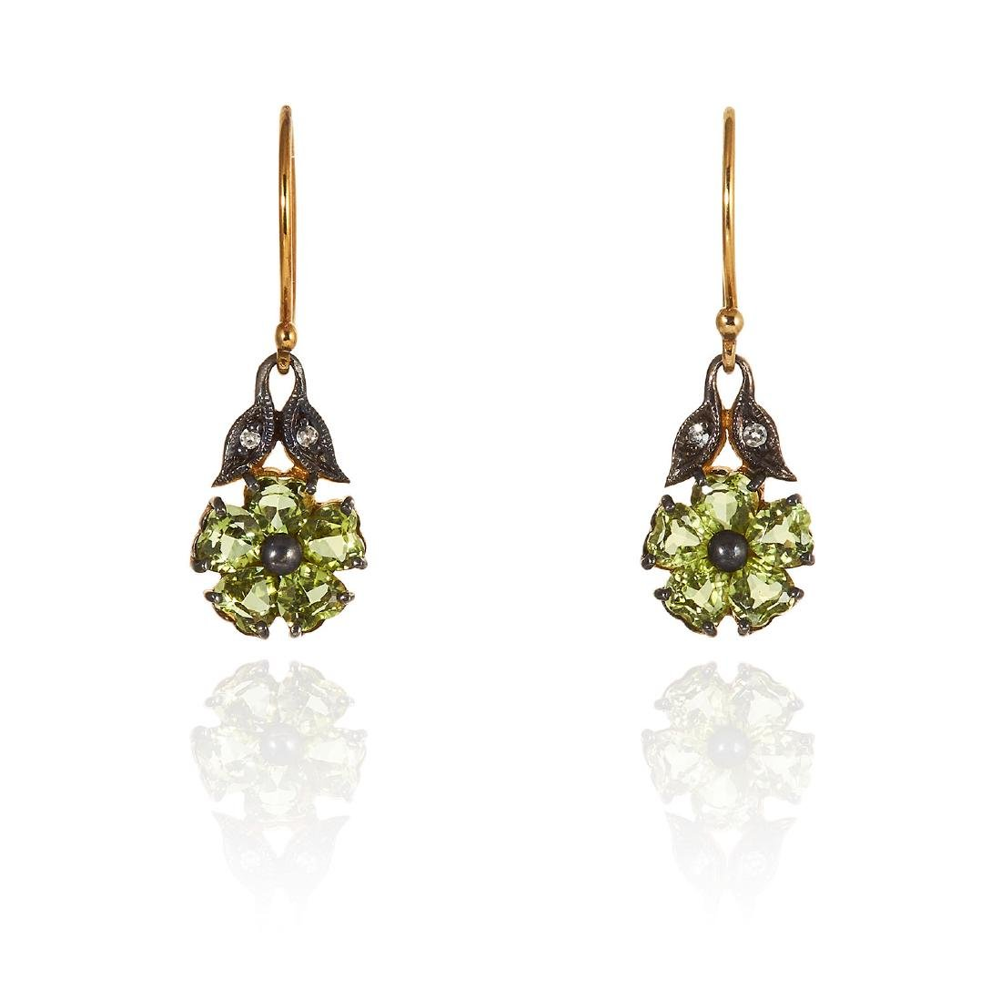 A PAIR OF PERIDOT AND DIAMOND EARRINGS in yellow gold