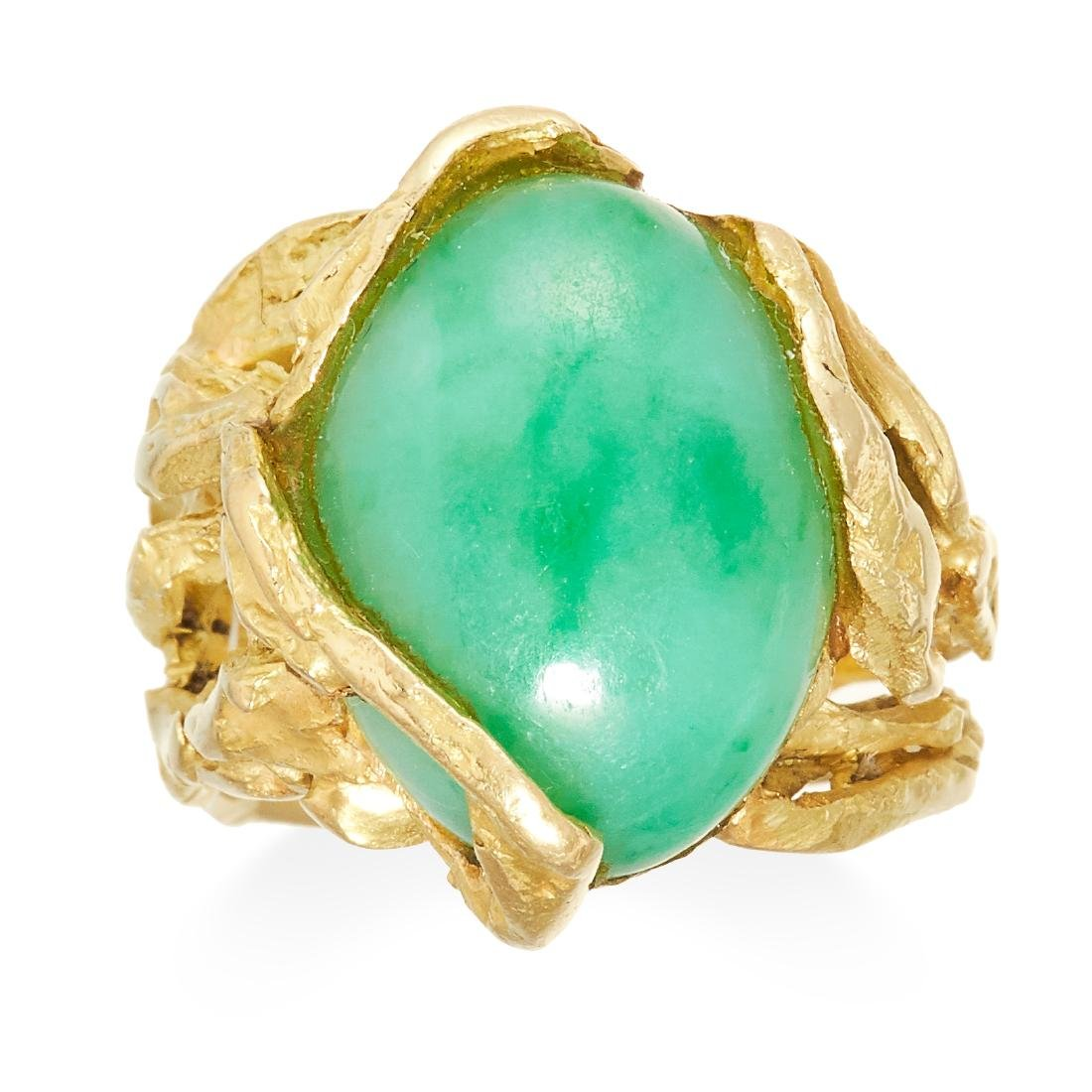 A VINTAGE JADEITE JADE DRESS RING in 18ct yellow gold,