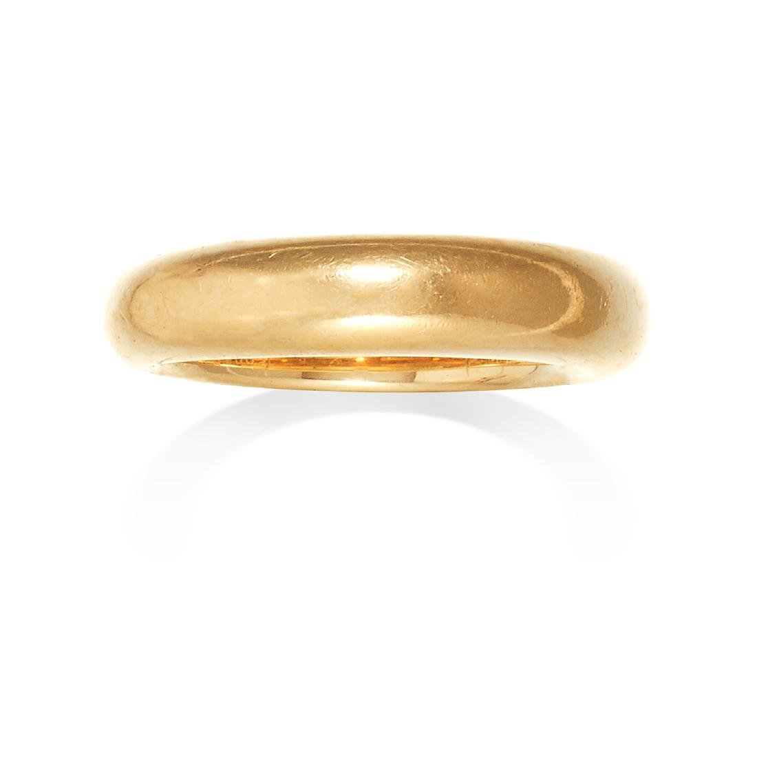 A GOLD RING, CARTIER in 18ct yellow gold, designed as