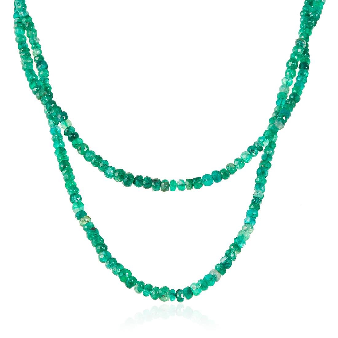AN ANTIQUE EMERALD, PEARL AND DIAMOND NECKLACE in
