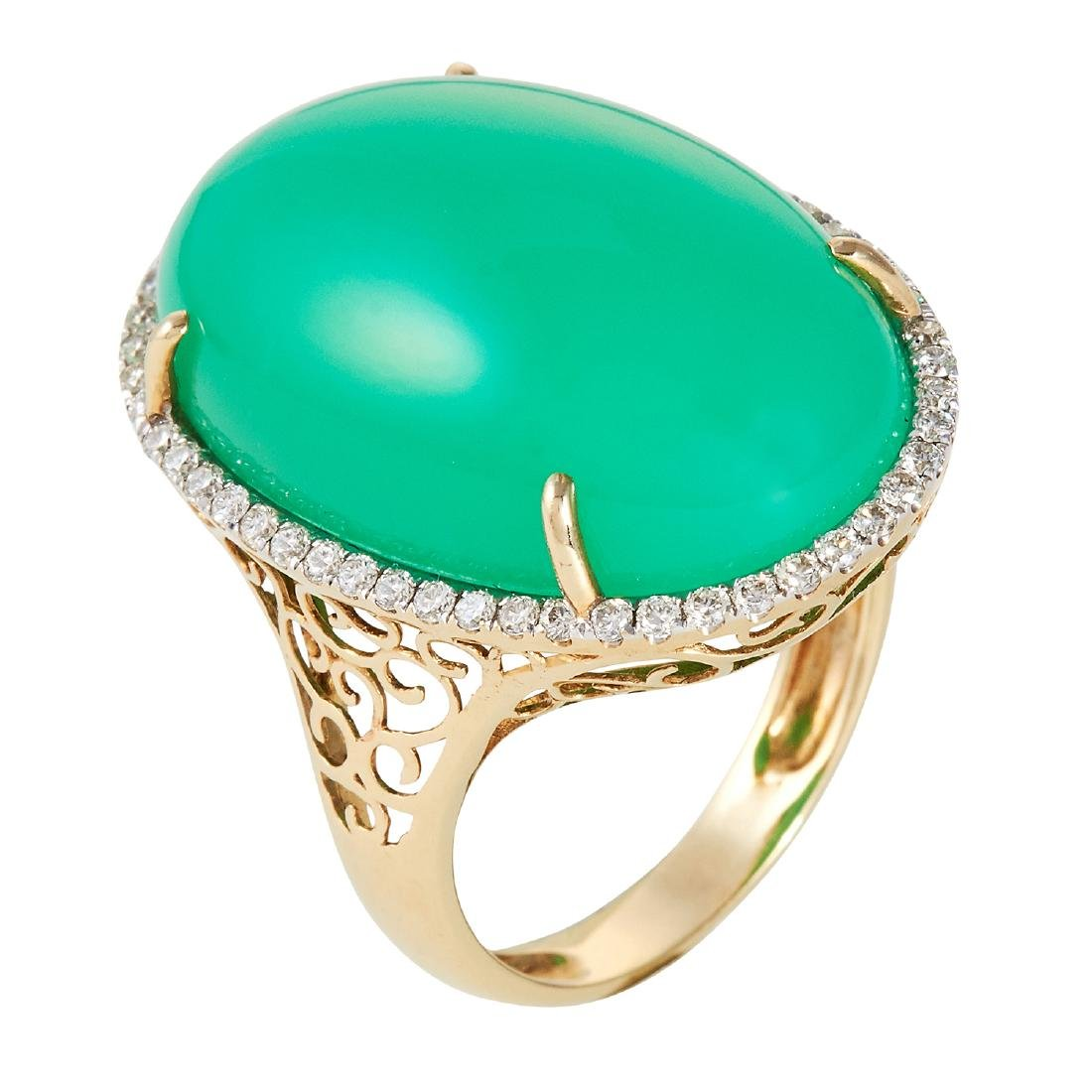 A CHALCEDONY AND DIAMOND DRESS RING in 14ct yellow