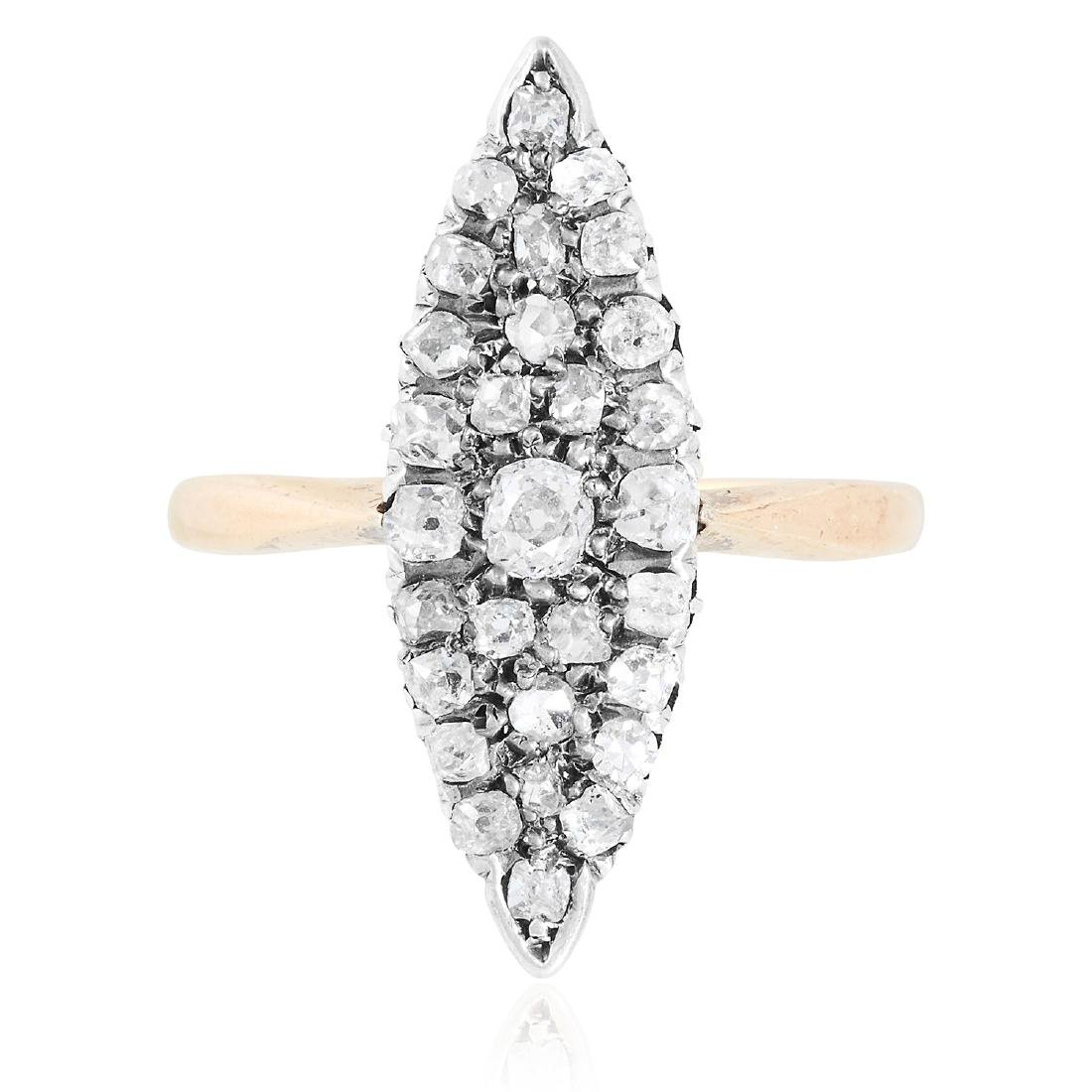 AN ANTIQUE DIAMOND DRESS RING in yellow gold, the