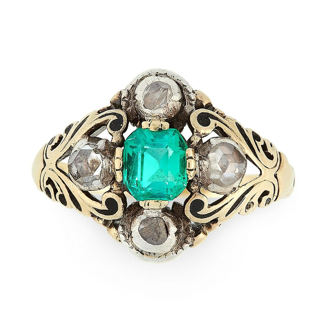 AN ANTIQUE EMERALD AND DIAMOND RING, 19TH CENTURY in