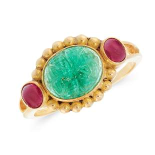 A MUGHAL CARVED EMERALD AND RUBY DRESS RING in 18ct