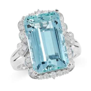 AQUAMARINE AND DIAMOND RING in 18ct white gold, set