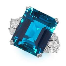 EXCEPTIONAL AQUAMARINE AND DIAMOND RING in platinum,