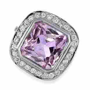 KUNZITE AND DIAMOND RING in 18ct white gold, collet-set