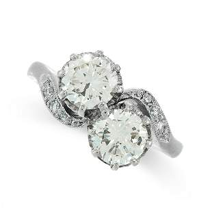 DIAMOND TOI ET MOI RING, BOODLES in platinum, set with