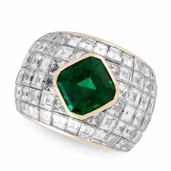 AN EMERALD AND DIAMOND RING in 18ct white gold, of