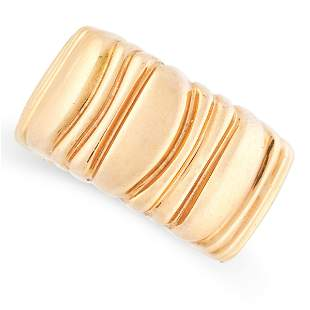A CASQUE D'OR BAND RING, CARTIER, 1992 in 18ct yellow