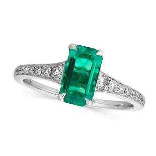 A COLOMBIAN EMERALD AND DIAMOND RING in 18ct white
