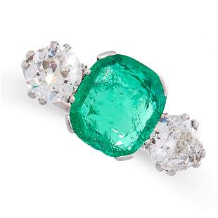 A COLOMBIAN EMERALD AND DIAMOND THREE STONE RING in
