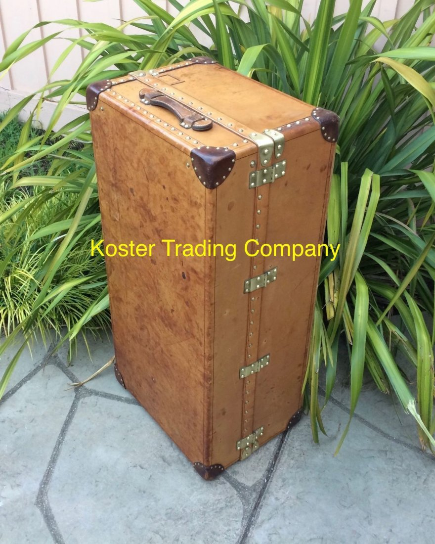 Louis Vuitton Antique Leather Wardrobe Steamer Trunk - 7