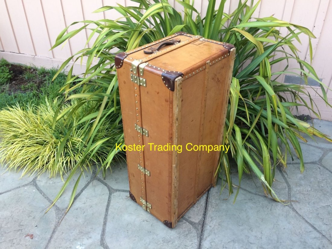 Louis Vuitton Antique Leather Wardrobe Steamer Trunk - 9