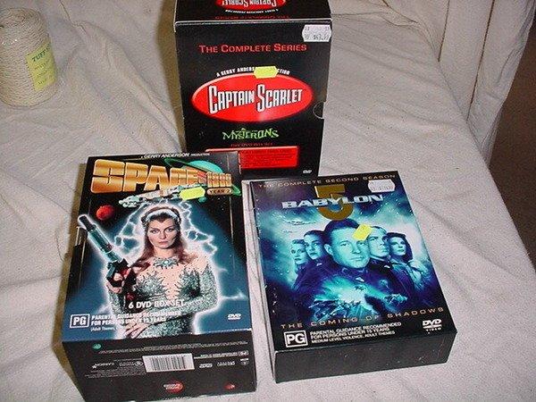 595: 3 BOXED DVD SETS -  SPACE 1999 (6 DVD BOX SET) CAR