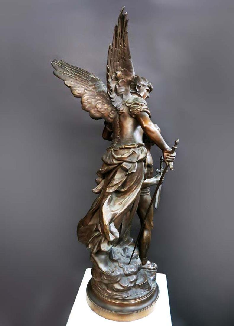 "A Large Bronze Sculpture ""Victoire"" By Mathurin Moreau - 5"