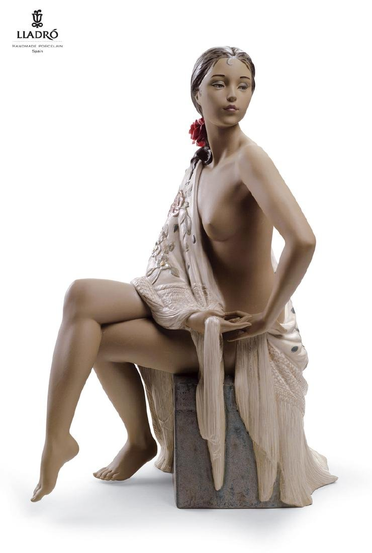 A Large LLADRO Nude with Shawl Woman Figurine