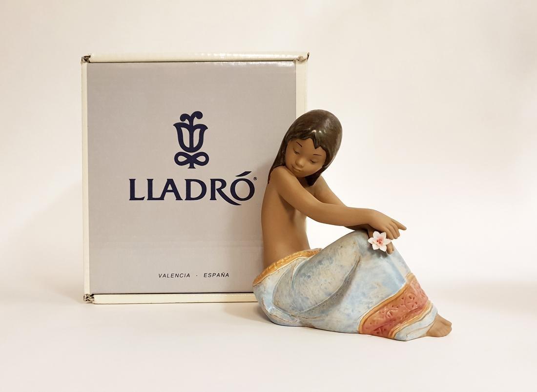 "LLADRO ""Island Beauty"" Porcelain Figurine, Original Box"