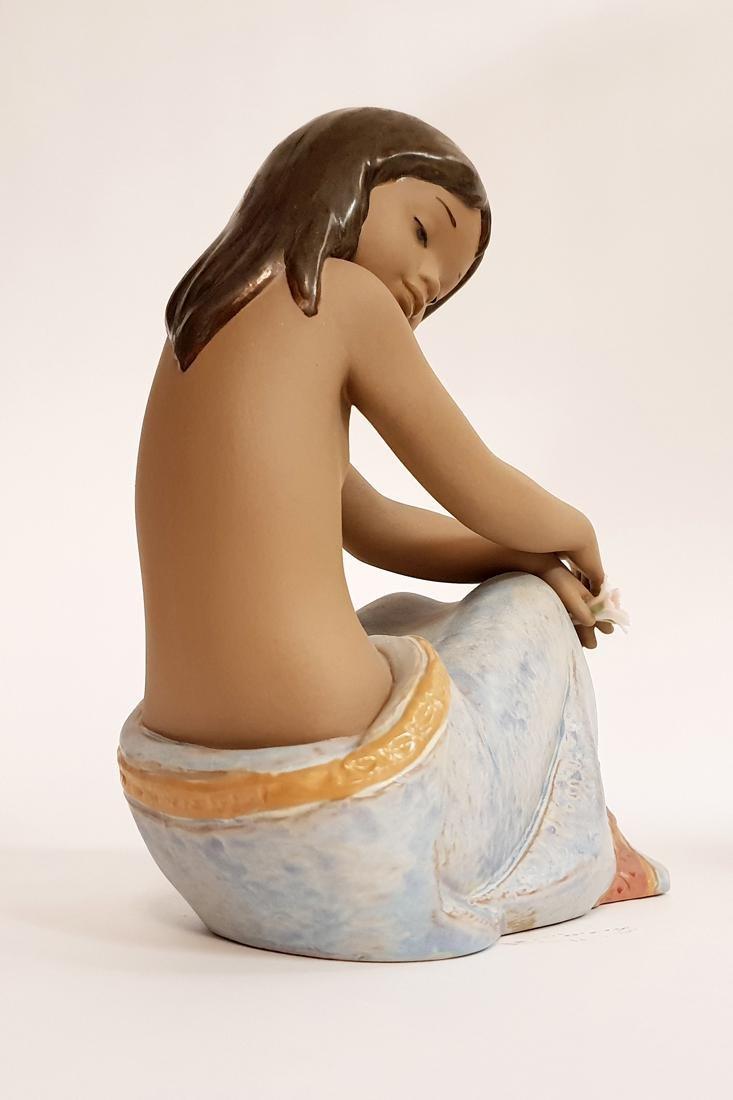 "LLADRO ""Island Beauty"" Porcelain Figurine, Original Box - 4"