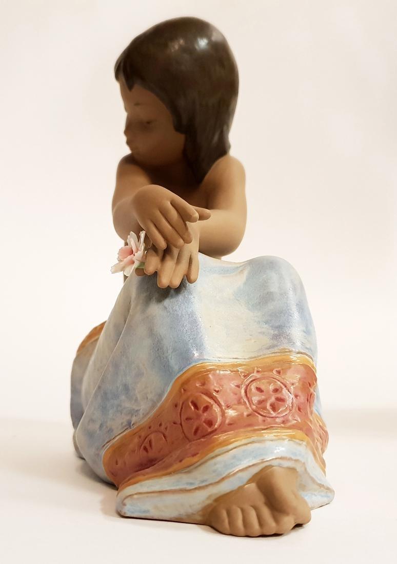 "LLADRO ""Island Beauty"" Porcelain Figurine, Original Box - 9"