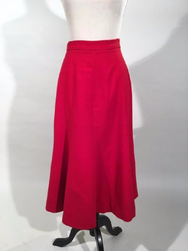 Red Dress Suit With Mink Trim - 10