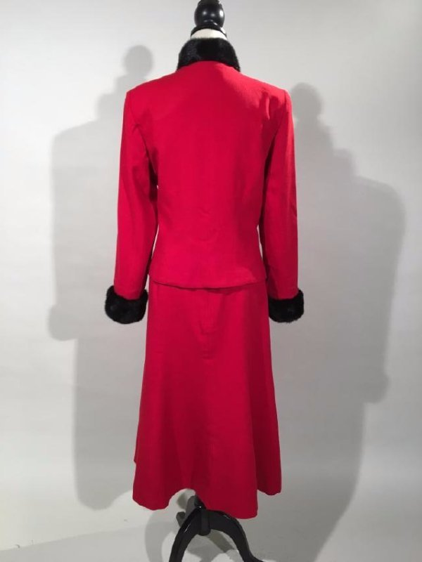 Red Dress Suit With Mink Trim - 6