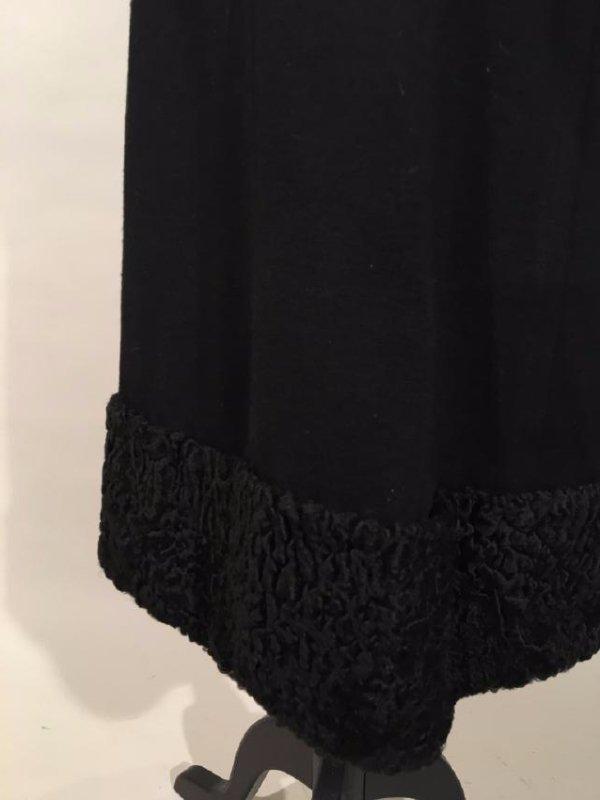 Black Dress With Persian Lamb Trim - 8