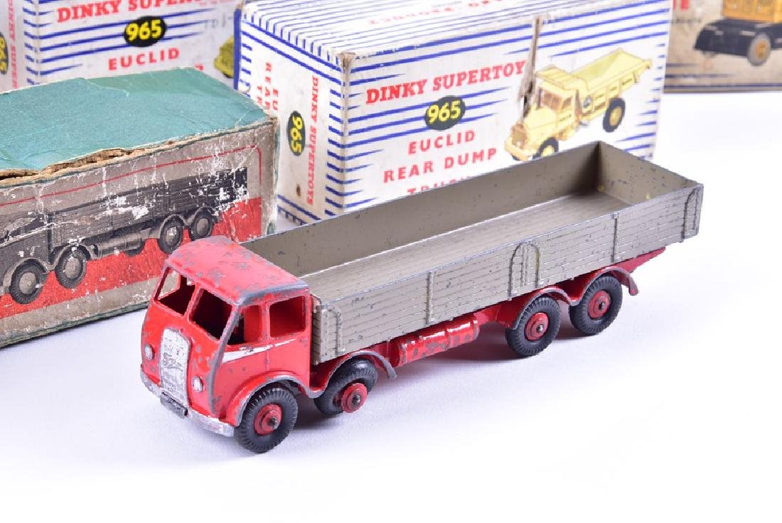 Six boxed vintage Dinky Toys diecast vehicles - 4