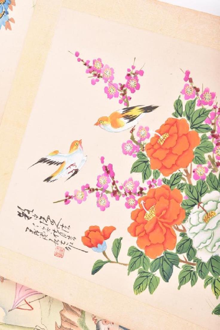 A collection of 20th century Chinese paintings on silk - 4