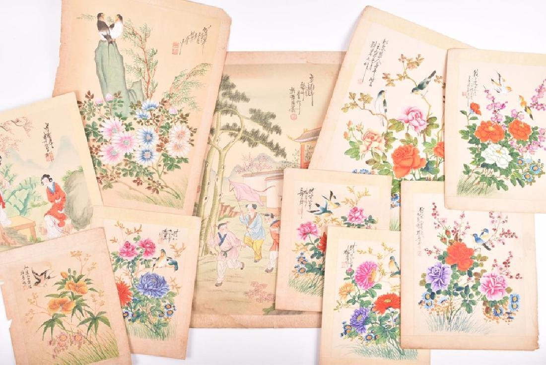 A collection of 20th century Chinese paintings on silk - 9