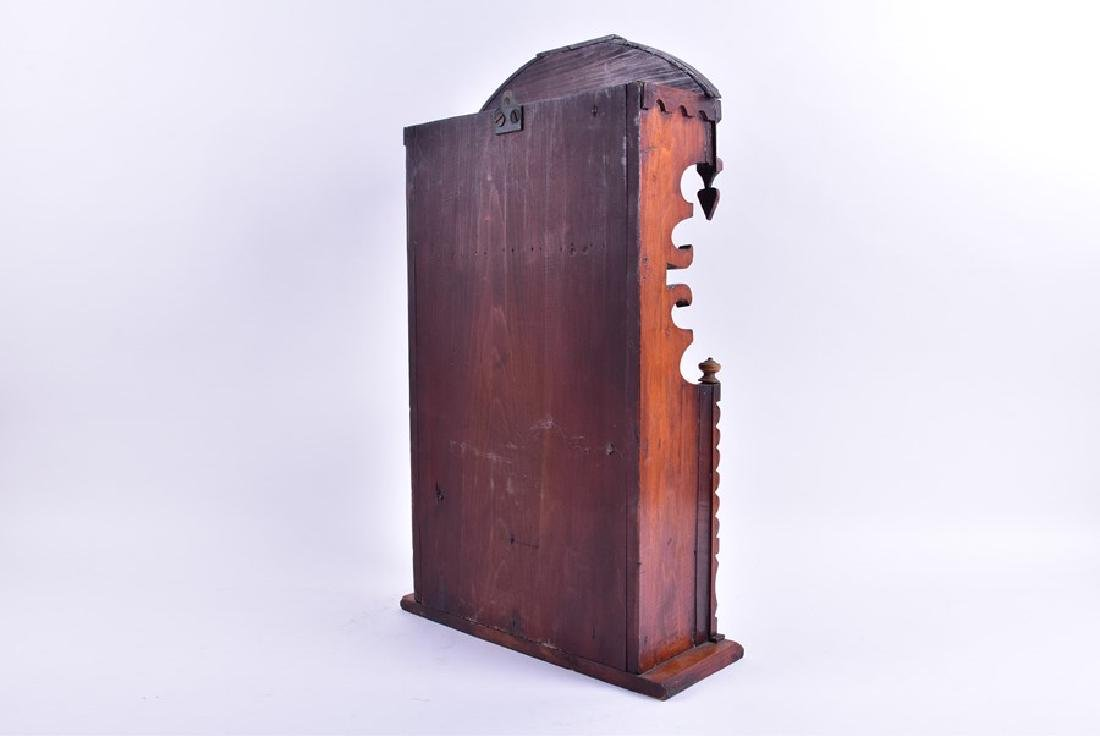 A early 19th century American spoon rack  with fretwork - 5