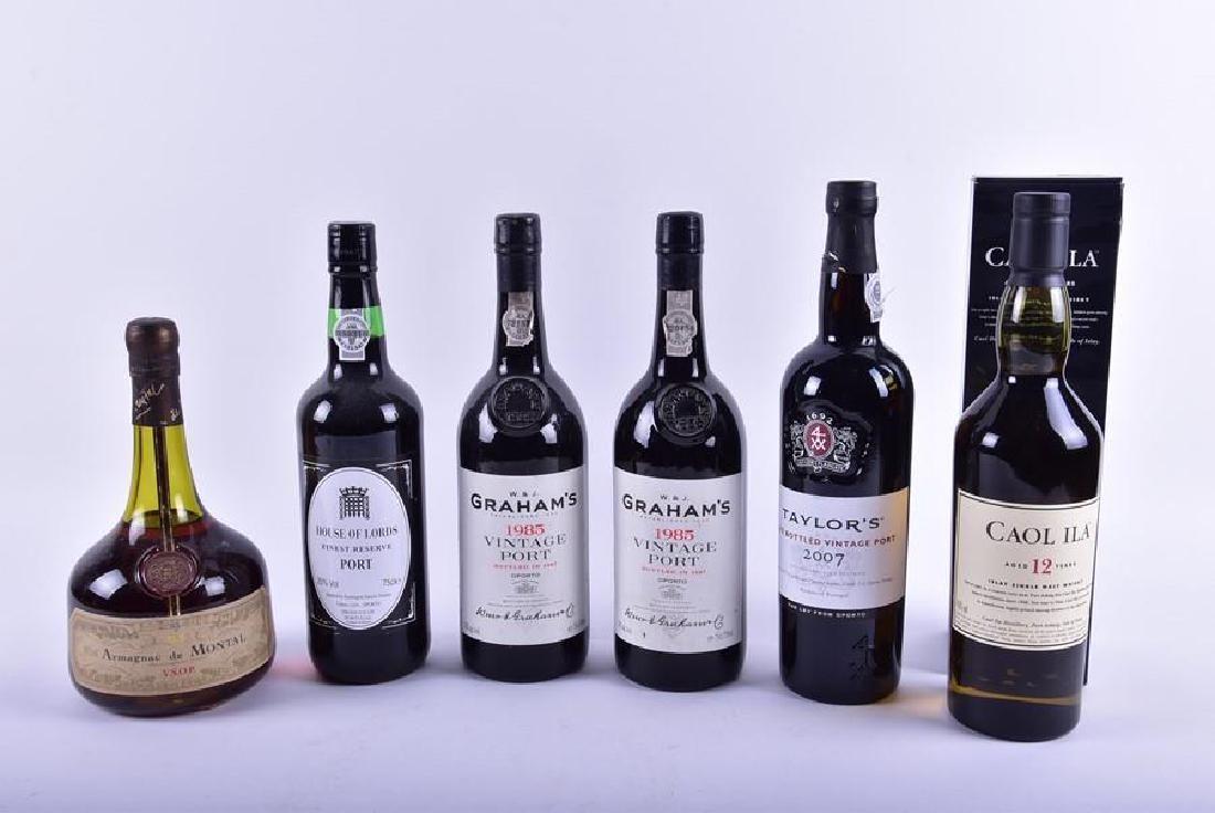 A boxed bottle of Caol Ila Islay single malt whisky