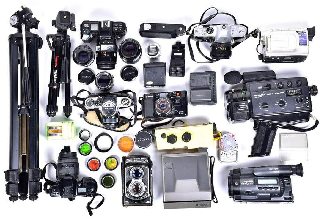 A large quantity of late 20th century photography