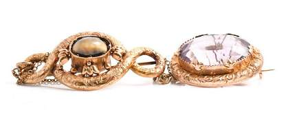 A Victorian 9ct yellow gold and amethystbrooch  set