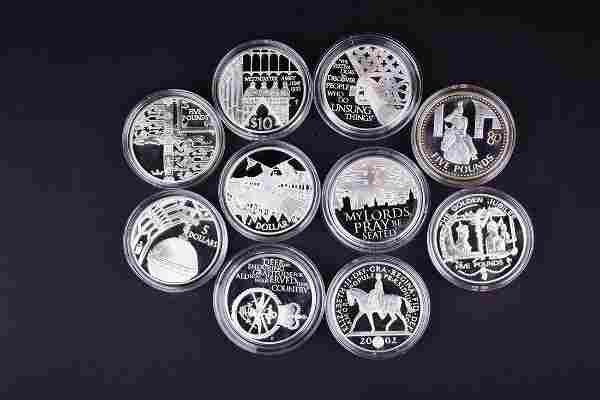 A 2002 Queen Elizabeth II Golden Jubilee Five Pounds