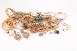 A group of various costume jewellery items including