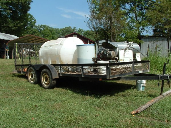 12: Steam cleaner and trailer