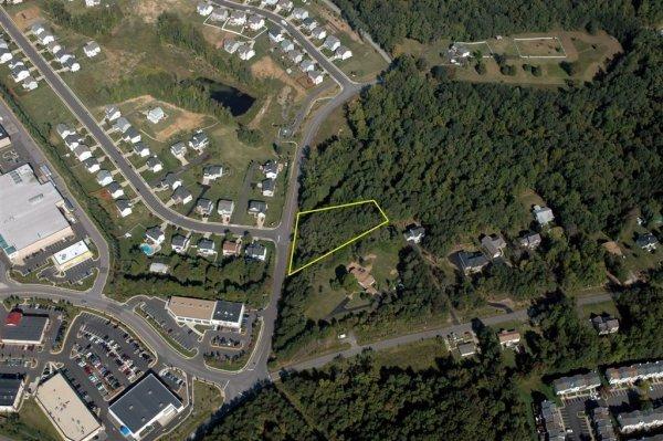 10: Doc Stone Woods- 1 acre lot